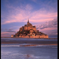 Le Mont St. Michel, Normandy, France :: 18597eFRMSMmontstmicheldawnjpg